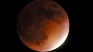 wolken-dreigen-goed-zicht-maansverduistering-beletten